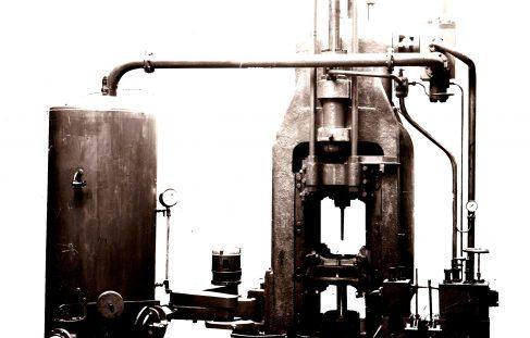 1250 ton Vertical Extrusion Press, O/No. 7289, c.1935