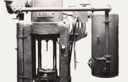1000 ton Vertical 'Serck' Extrusion Press, O/No. 7820, c.1936