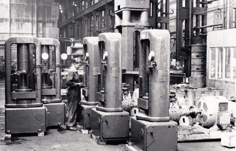 16 - 125 ton Shell Heading Presses, O/No. 8520, c.1939