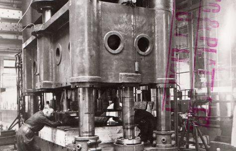 510 ton Hydraulic Special Flanging Press, O/No. 8314, c.1938