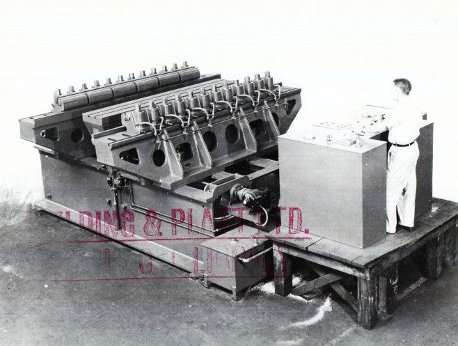 D7338/14/5/4/4050  300 ton machine | Gloucestershire Archives
