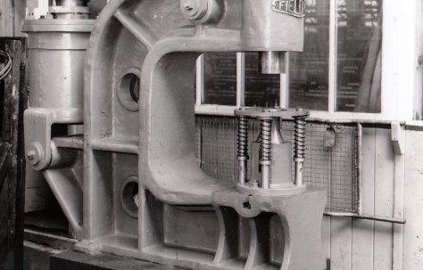 10 ton Pneumatic Press, O/No. 3210, c.1951