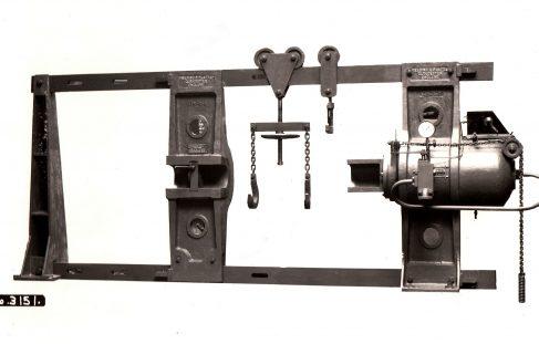 200 ton Hydraulic Wheel Press, O/No. 7316, c.1935