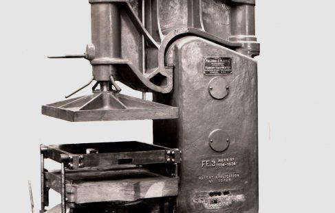 F.E.3 Moulding Machine, O/No. 7060, c.1934