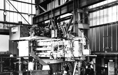 16MN Horizontal Extrusion Press, O/No. E87450, c.1974