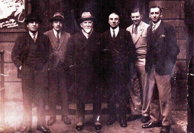 Photo 01. James Platt; Ralph Tweddell (Ralph's Father); James and John, sons of Samuel Fielding, and one other.