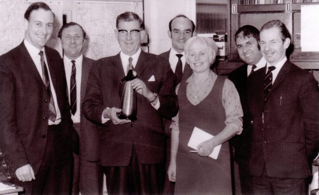 Photo 07.  Frank Bullock; Jeff Niblett; Jack Hobbs; John Little;  ?  ; Bill Wagner; Alf Russell.