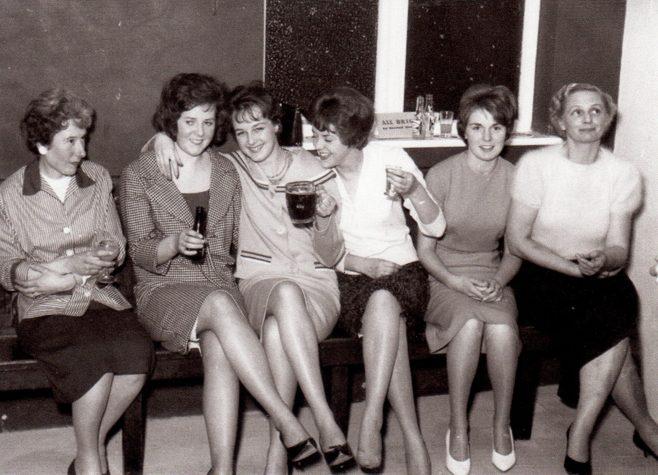 Photo 09.    Mrs T Dix;  ?  ;  Valerie Jay;  Pat Morgan;  ?  ; Mrs Jones (Canteen Manageress).
