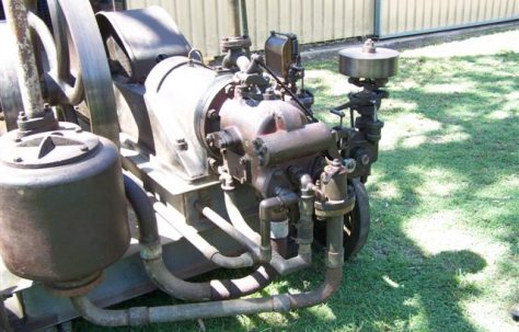 Fielding Gas Engine
