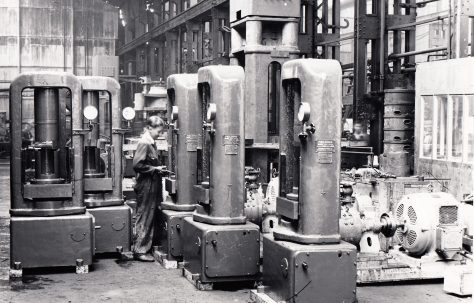 16 - 125 ton Shell Heading Presses, O/No. 8520, c.1939