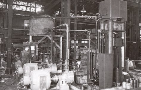 200 ton Drawing Press, views taken c.1940, O/No. 8469, c.1939