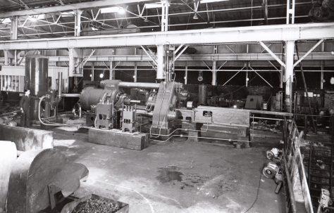 1050 ton Horizontal Extrusion Press for solids, O/No. 8842, c.1940