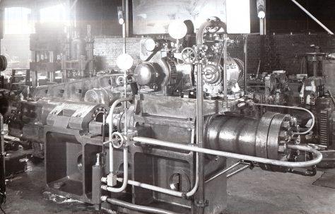 250 ton Horizontal Extrusion Press, for coating electrodes, O/No. 9278, c.1941