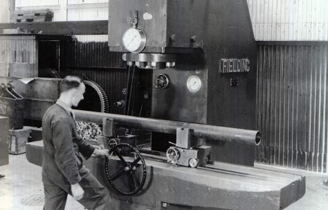 150 ton Tube Straightening Machine, O/No. 9928, c.1942