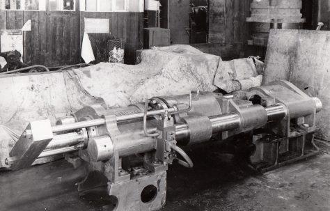230 ton Horizontal Discard Press, O/No. 4369, c.1943