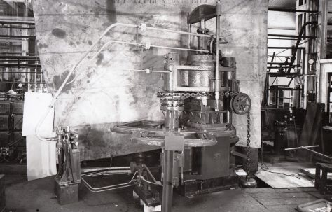 400 ton Three-Mould Slab Press, O/No. 4234, c.1942