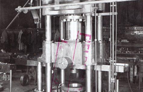 500 ton Torpedo Tube Flanging Press, O/No. 4610, c.1943