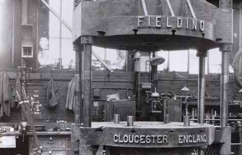 175 ton Flanging Press, O/No. 5157, c.1945