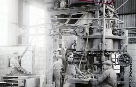 400 ton Three-Mould Slab Press, taken at Parkstone Works, O/No. 4677, c.1944