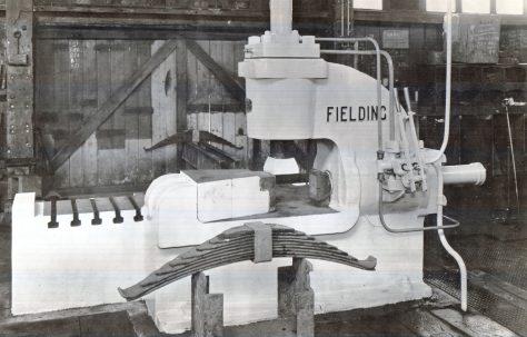 A 'Fielding' Spring Buckle Press, c.1946