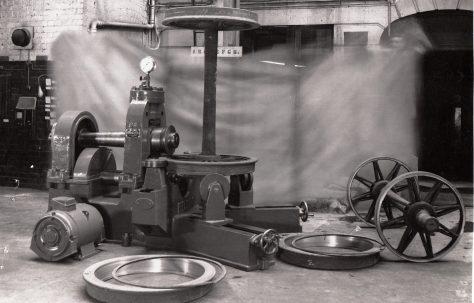 Tyre Lip Rolling machine,  O/No. 5302, c.1946