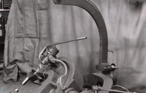 40 ton Portable Rivetter with view taken on site rivetting a flue tube, O/No. 5601, c.1946