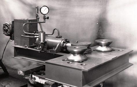 16 ton Pipe Bender, O/No. 5418, c.1946