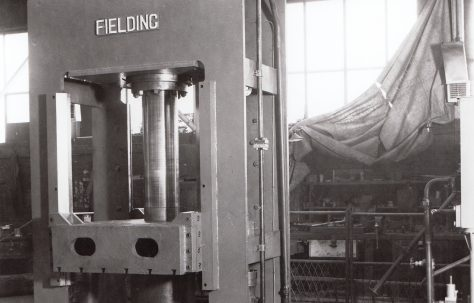 250 ton Downstroking Straightening Press, O/No. 5962, c.1948