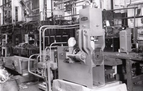 30 ton Expanding & Reducing Press, O/No. 6341, c.1949