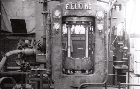 1000 ton 'Serck' Type Vertical Extrusion Press, O/No. 6547, c.1951