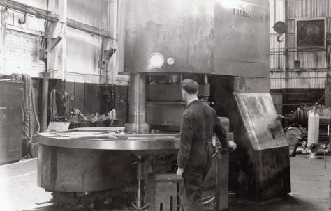 400 ton Three-Mould Slab Press, O/No. 6285, c.1950