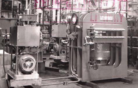 250 ton Single Daylight Platen Press, O/No. 6754, c.1951