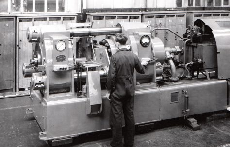 350 ton Horizontal Extrusion Press, O/No. 6632, c.1951