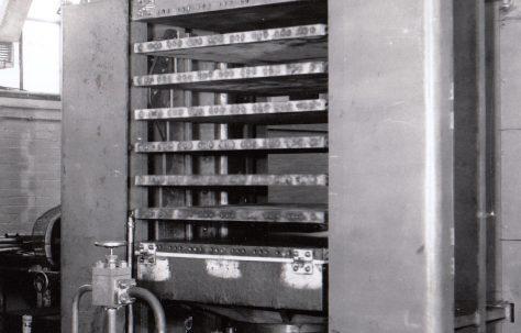 2100 ton Upstroking Multi-Daylight Platen Press, O/No. 3010, c.1951