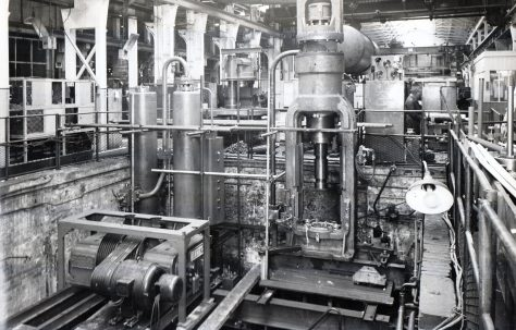 700 ton Vertical 'Serck' Extrusion Press with two H3 Pumps and an Air/Water Accumulator, O/No. 6306, c.1949