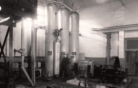 Air/Water Hydraulic Accumulator with Pump, O/No. 6547, c.1950