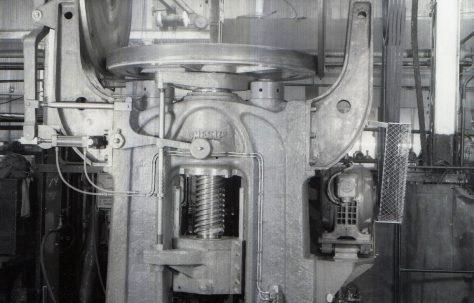 350 ton Friction Press, O/No. 3670, c.1952