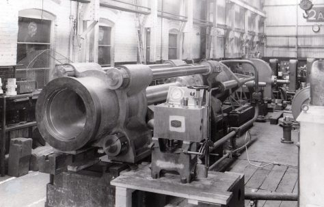 630 ton Carbon Extrusion Press, O/No. 3970, c.1952