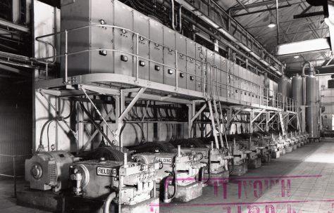 Air/Water Hydraulic Accumulator Station with 14-H3 Hydraulic Pumps, O/No. 59460, c.1960