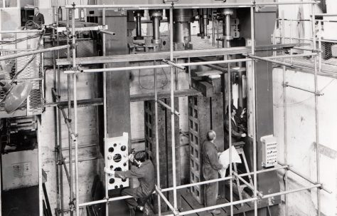 725 ton Double-Acting Press, under construction, O/No. 67510, c.1968