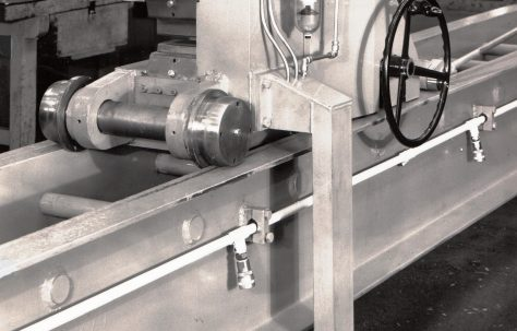 25 ton Stretching Machine, O/No. T71800, c.1968