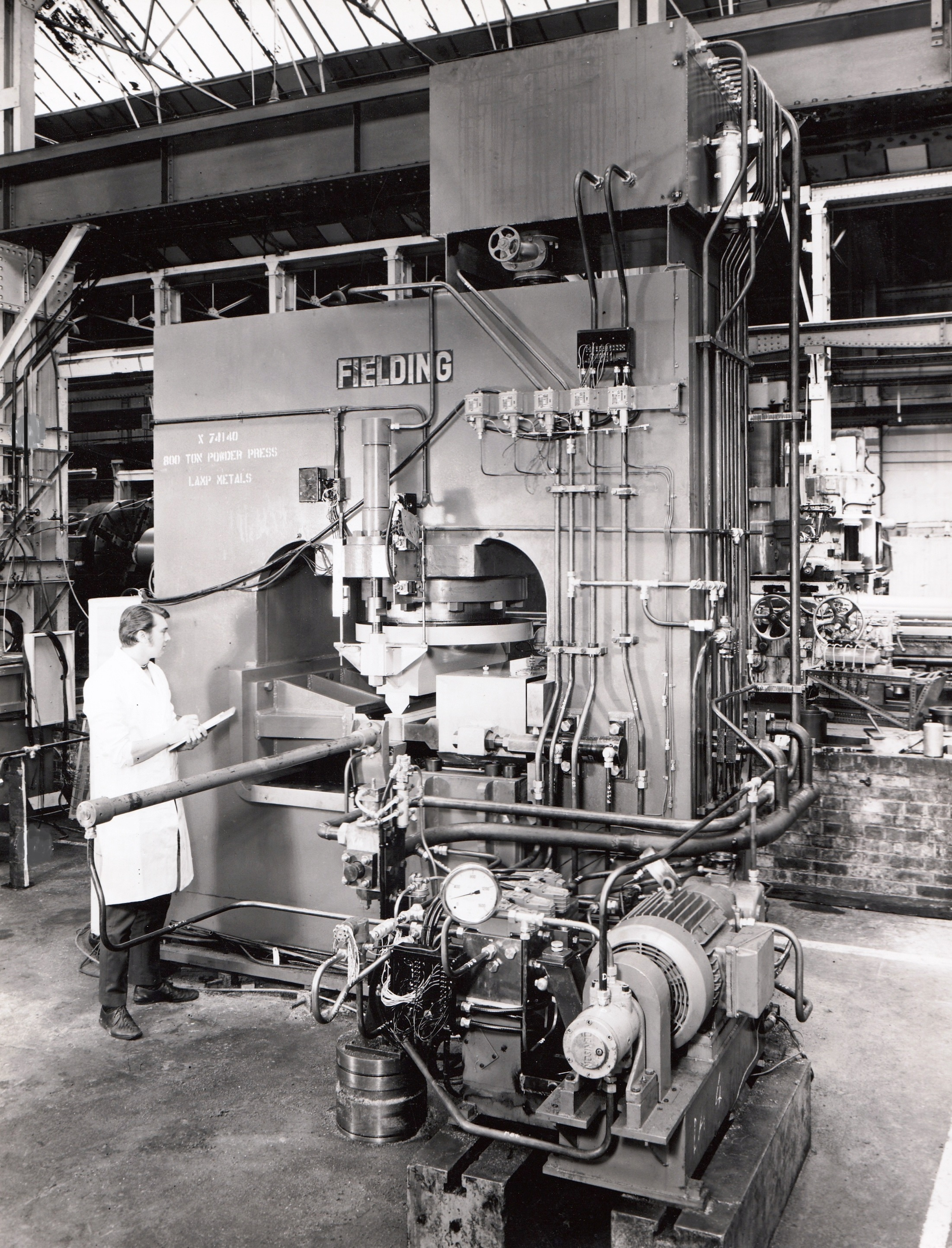 800 ton Powder Press, views taken in 1970, O/No  X74140, c