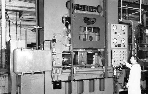 600 ton 'Fittings' Press, views taken in 1970, O/No. E75210, c.1969