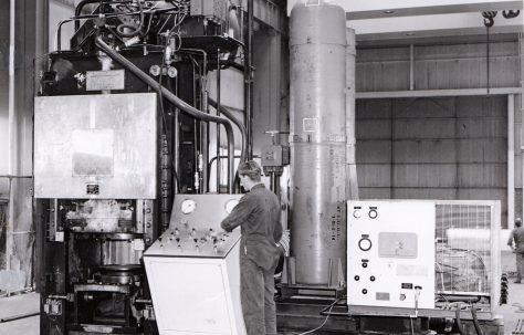 500 ton Vertical Laboratory Extrusion Press, views taken in 1971, O/No. V70140, c.1968