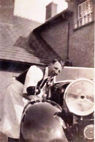 Amos 'Arthur' Jones | Kindly supplied by Richard Cohen