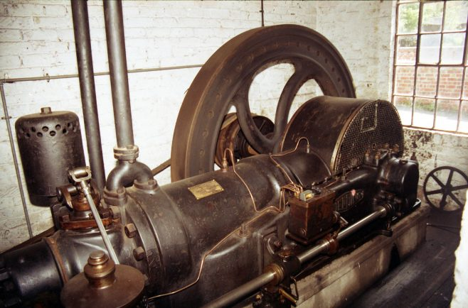Fielding 60 BHP x 240 rpm engine | Kindly supplied by Ian Prichard - BHVT
