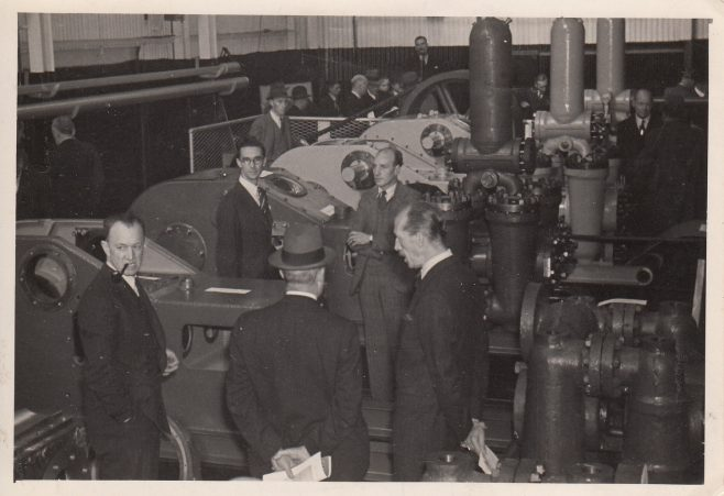 George Strauss, Labour Minister of Supply, visits the Works