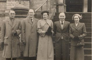 George Collingbourne, John Jones, ELSIE, Charles and Gladys Green.