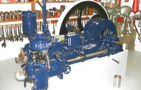 Fielding Oil Engine