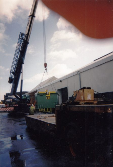 JB136  Offloading the fabricated base - contd. | Supplied by John Bancroft